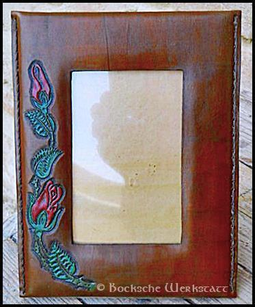 Picture frame in leather